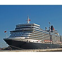 Queen Elizabeth in Fremantle Photographic Print