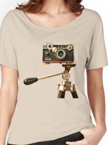 Vintage Argus Camera & Tripod Women's Relaxed Fit T-Shirt