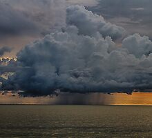 Thunder storm cloud HDR by Robert Wirth