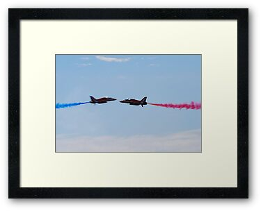 Red Arrows Pair by jabisfab
