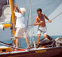 Busy Foredeck by wolftinz