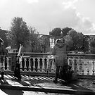 Artists-on-the-Bridge-BW by steppeland