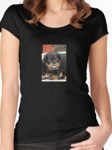 Messy Rottweiler Puppy With Food Covering Nose Women's Fitted Scoop T-Shirt