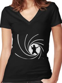 Bond Solo Women's Fitted V-Neck T-Shirt