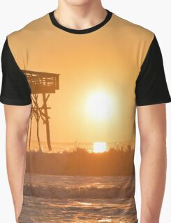 Waves At Pier 14 Graphic T-Shirt
