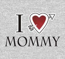 i love mommy heart Kids Tee