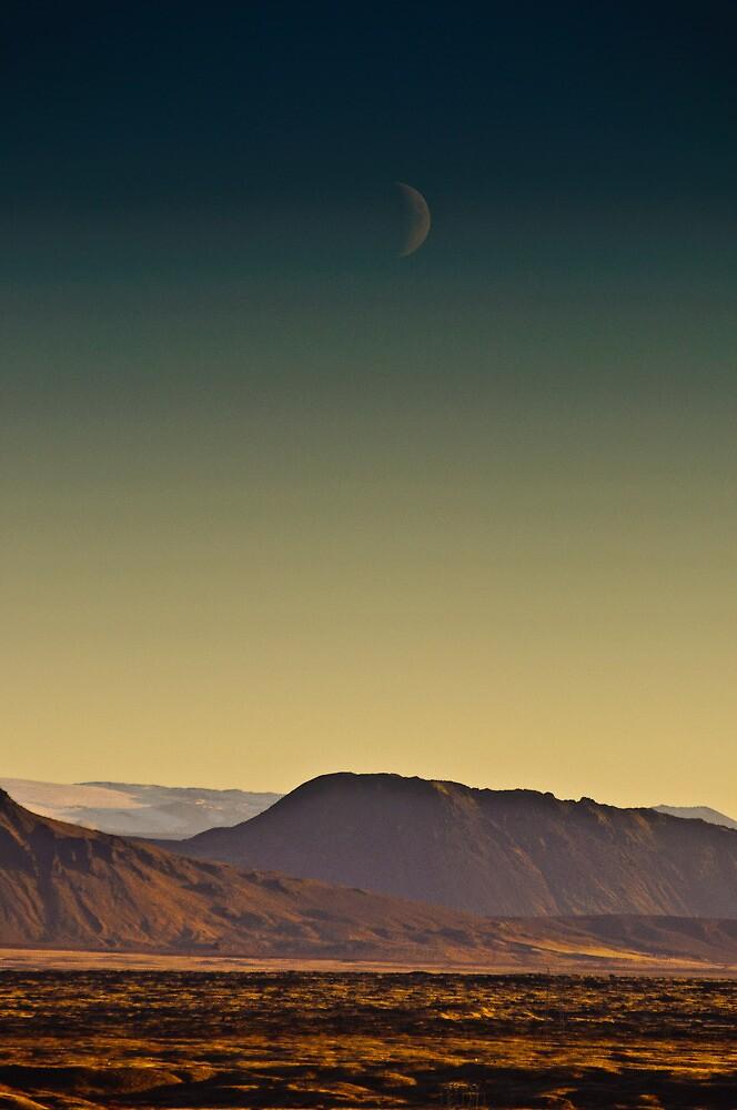 Moonrise by Dean Bailey