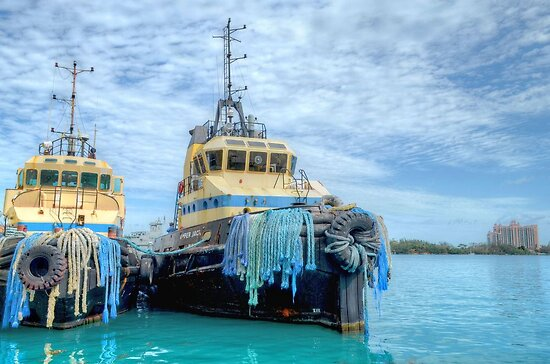 """""""Amber Jack"""" & """"Snapper"""" at Prince George Wharf in Nassau Harbour, The Bahamas by 242Digital"""