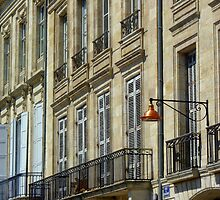 Streetscape III - Quai des Chartrons, Bordeaux by bubblehex08