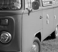 vw camper by Perggals© - Stacey Turner