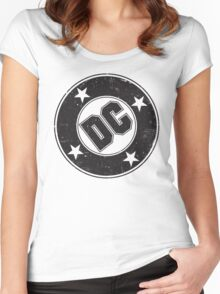 DC COMICS - VINTAGE BLACK Women's Fitted Scoop T-Shirt