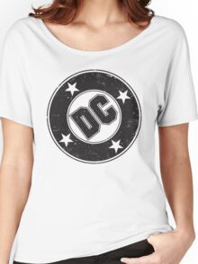 DC COMICS - VINTAGE BLACK Women's Relaxed Fit T-Shirt