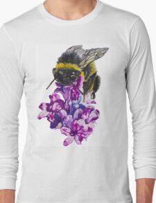 Bee feeding on flower Long Sleeve T-Shirt