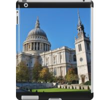 St. Pauls Cathedral, City of London iPad Case/Skin
