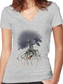 The Roaming Oak  Women's Fitted V-Neck T-Shirt