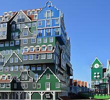 Hotel made of Zaanse huisjes by Arie Koene