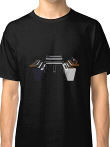 Vintage Synthesizers / Keyboards Classic T-Shirt