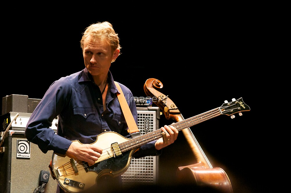 Chris Wood on the Hofner by Imagery