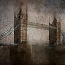 Tower Bridge, London by Photofreaks