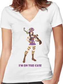 I'm on the case Women's Fitted V-Neck T-Shirt