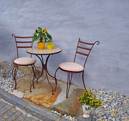 Table for two. by Lee d'Entremont