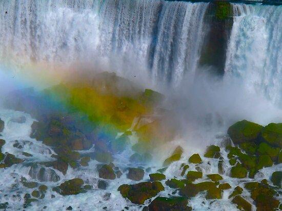 Rainbows over Niagara by MarianBendeth