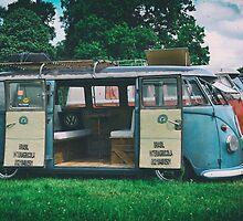 VW Bus Open Door Ploicy by UKGh0sT