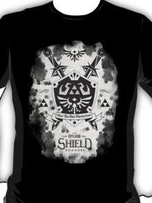 Legend of Zelda Hylian Shield Geek Line Artly  T-Shirt
