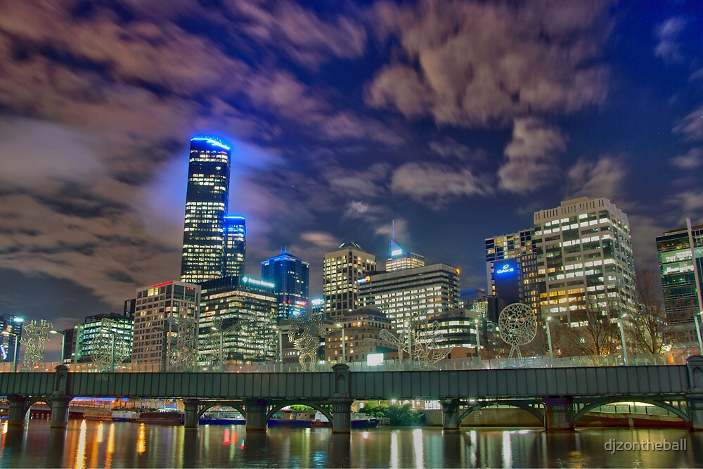 Melbourne By Night by djzontheball
