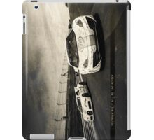 Bugatti Veyron vs McLaren MP4-12C iPad Case/Skin