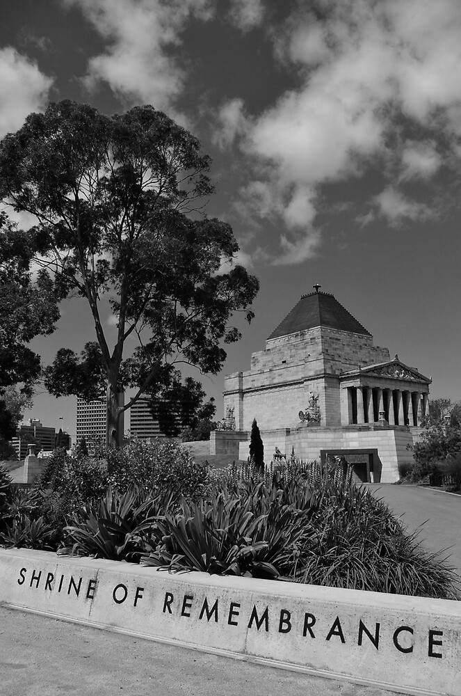 Shrine of Rememberance by robertsscholes