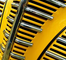 1939 Plymouth Grill by dlhedberg