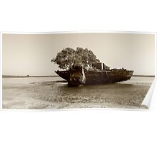 sandbarge at dunwich Poster