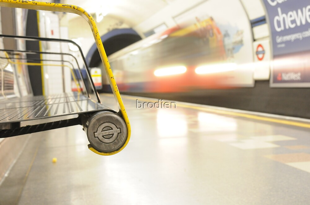 London Tube Blur by brodien
