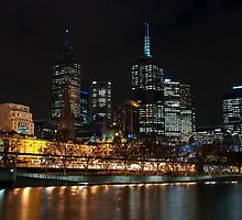 0352 Melbourne at night by DavidsArt