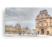 Loving The Louvre Canvas Print