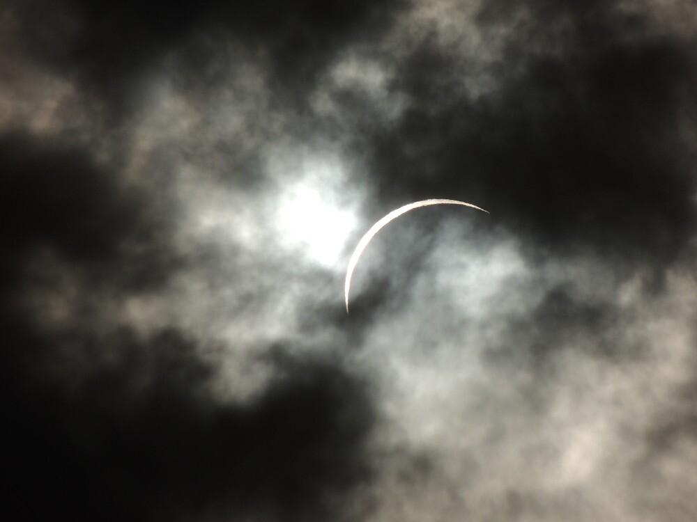 Solar Eclipse - Port Douglas, Australia - 14 Nov. 2012 by Dan & Emma Monceaux