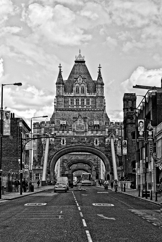 Looking at The Tower Bridge - London by Aaron Holloway