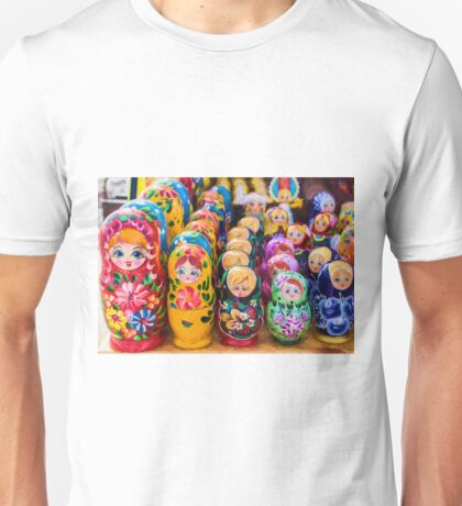 Traditional Russian matryoshka Nesting Puzzle Dolls Unisex T-Shirt