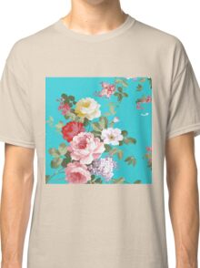 Chic trendy pink red floral vintage roses pattern  Classic T-Shirt