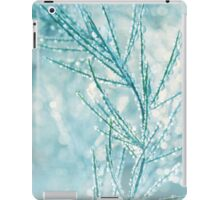 Dew Drops and Bokeh iPad Case/Skin