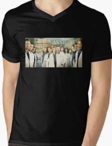 Grey's Anatomy-Cast Mens V-Neck T-Shirt