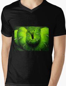 Wild nature - green snake Mens V-Neck T-Shirt