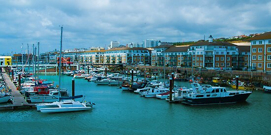 Brighton Marina by Yukondick