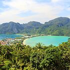 Viewpoint 2 - Ko Phi Phi Don - Thailand by Honor Kyne