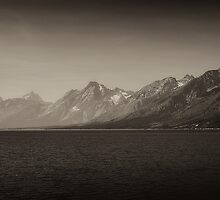 The Misty Mountains by Bendinglife