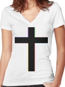 CROSS & COLORS Women's Fitted V-Neck T-Shirt