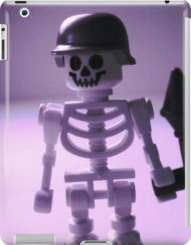 Skeleton Army Custom LEGO® Minifigure Helmet & Bazooka, by 'Customize My Minifig' by Chillee