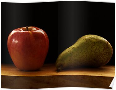 Pear and apple by DavidCucalon