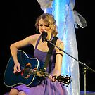 Taylor Swift in Concert! by Double-T